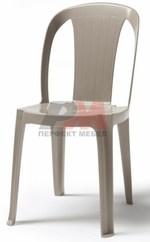 Пластмасов стол за открити пространства и плажни заведения