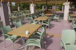 Столове за кафене, произведени от пластмаса, различни модели