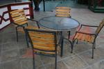 Устойчива стойка за маса за външно ползване