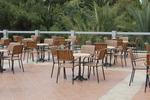Качествени бази за маса за градина