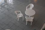 Градинска бяла маса, произведена от пластмаса