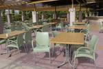 Градински стол за заведение, произведен от пластмаса