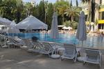 Шезлонги за басейн, по размери