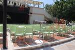 Пластмасови столове за лятно заведение