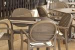 Устойчиви пластмасови столове стифиращи, от пластмаса