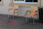 Пластмасови столове стифиращи, с доставка