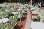 Пластмасови столове за кафене, с различни цветове