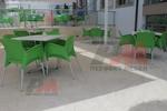 Външни пластмасови зелени столове