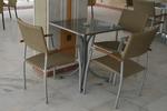 Модерни метални столове за открито