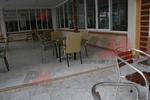 Устойчиви външни метални столове