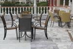 Метални столове за външно ползване с разнообразни размери