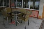 Столове от метал за Вашият басейн