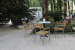 Здрави метални столове с различни визии
