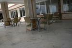 Метални столове с различни визии цени