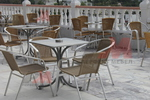 Комфортен метален стол за кафене