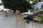 устойчив стол от метал