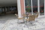 Устойчиви метални столове с разнообразни размери