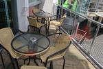 Устойчив метален стол за открити пространства