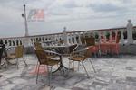 Столове от метал за хотели за външно ползване