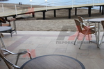 Модерна основа за маса за плаж