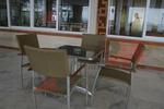 Устойчиви столове от метал за лятно заведение