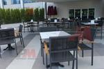 Столове от метал за открито заведение за външно ползване