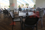 Устойчива основа за маса за хотел