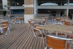 Верзалитни плотове за маси за бар на плажа