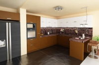 Компактна функционална кухня София луксозни