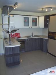 Поръчкова изработка на модерни кухненски мебели  София вносител