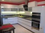 Поръчкова изработка на мебели за модерна кухня  София по-поръчка