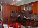 Цялостно обзавеждане за модерна кухни по Ваши размери и за област София