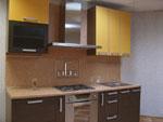 Кухня по поръчка - съчетание на нюанси на кафявото 250-2616