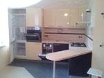 Кухня по поръчка с вградени електроуреди 286-2616