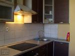 Изпълнение на проекти за кухни от тъмно дърво 319-2616