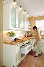 Поръчков кухненски интериор в бяло 382-2616