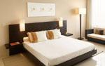 Спалня по поръчка с табла от резбовано черно дърво 242-2618