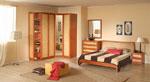 Двуцветна спалня по поръчка - светъл лешник и бежово