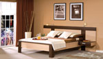Двуцветна спалня по поръчка - комбинация от светло и тъмно дърво