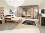 Двуцветно обзавеждане за спалня с шесткрилен гардероб с четири огледални врати