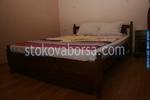 изработка по поръчка на дървена масивна спалня