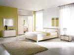 Спалня по поръчка в слонова кост с черни кантове на всички мебели