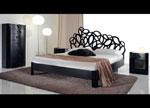 Едноцветна спалня по поръчка с декоративна линия на таблата