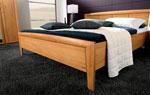 Спалня по поръчка от дърво в цвят меден карамел 94-2618
