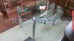 фирма за стъклени маси
