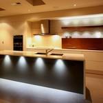 Кухненски мебели луксозни по поръчка