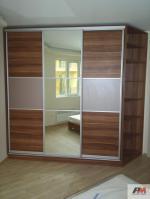 спални гардероби по поръчка