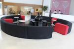 Голяма мека мебел за кухня