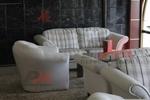 Мека мебел с дамаска с ракла