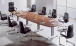 Предлагаме поръчкова изработка на офис мебели, както и цялостно обзавеждане за бизнес сгради, офиси,